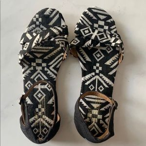 Toms strappy sandals - Size 10